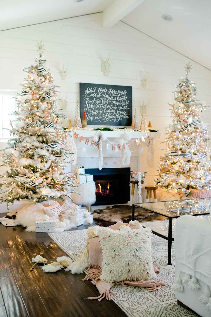 modern christmas home decor
